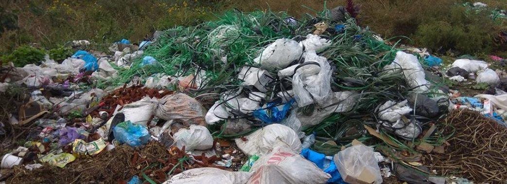 Ходорівське сміттєзвалище: 700 метрів до людей (фото)