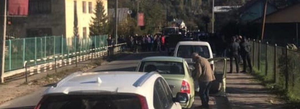 Дорогу на Східницю таки перекрили (відео)