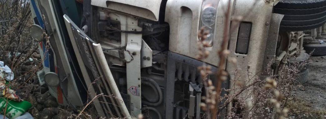 Протягом півгодини – дві ДТП з вантажівками