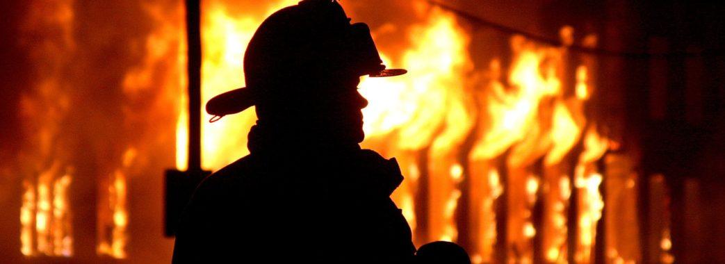 На Яворівщині у пожежі постраждало двоє людей