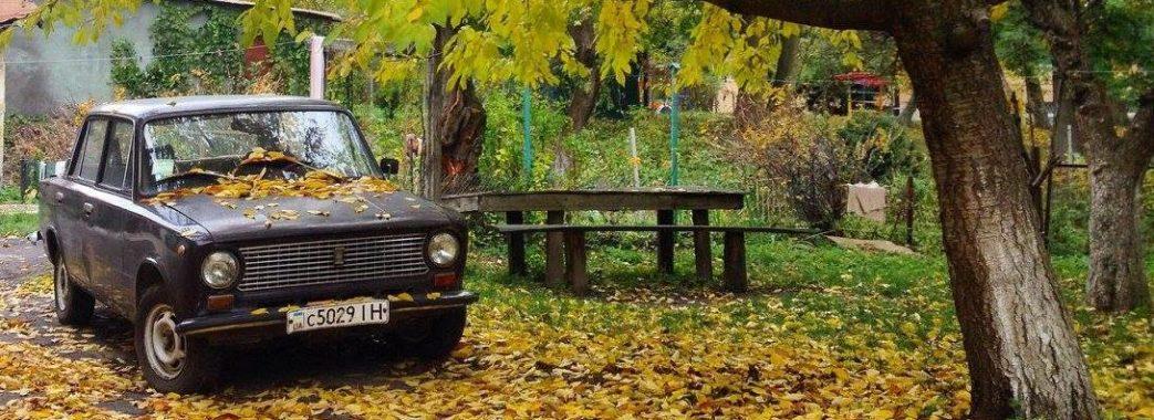 На львівських вулицях порахували покинуті авто