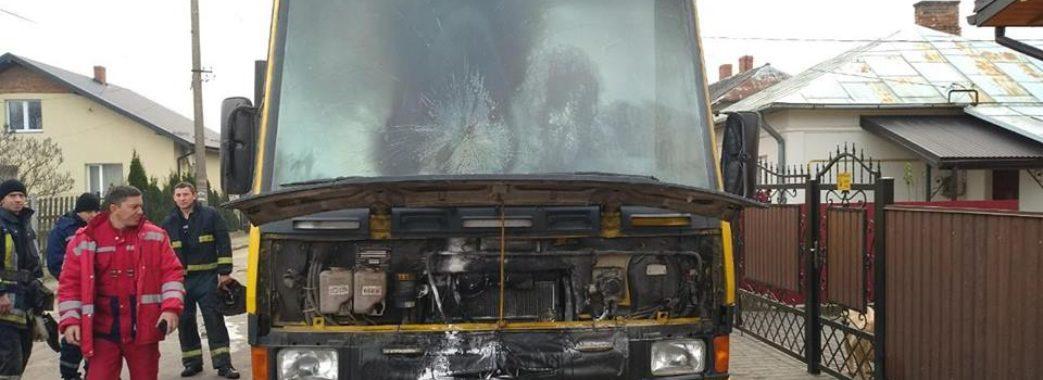 У Яворові горів пасажирський автобус (фото)