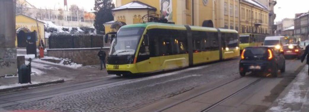 У Львові горів трамвай
