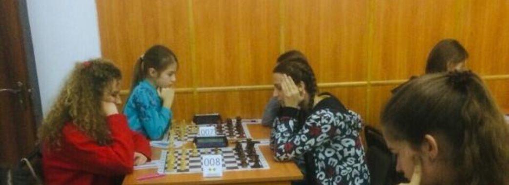 На Львівщині зібрались юні шахісти з усієї України