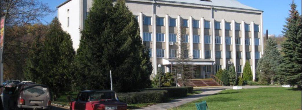 На Старосамбірщині запрошують до владних кабінетів урядувати школярів