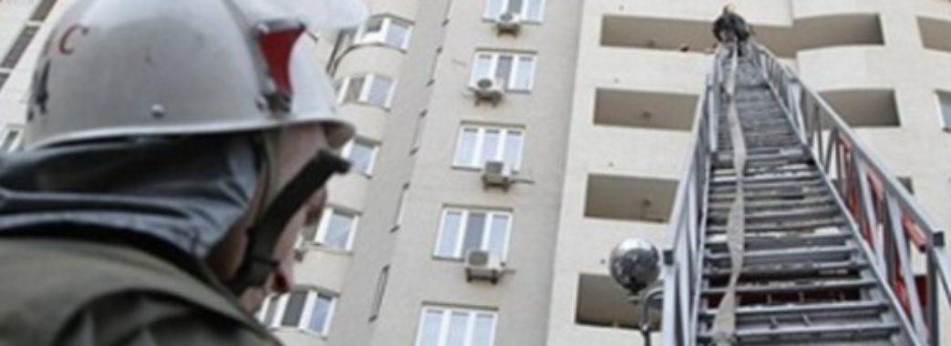 Червоноградець кілька днів пролежав мертвим у власній квартирі