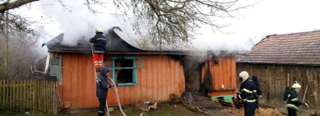 У Мостиському районі чоловік згорів у власній хаті