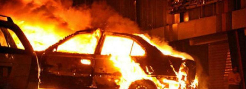 Львівській бізнесменці підпалили автівку