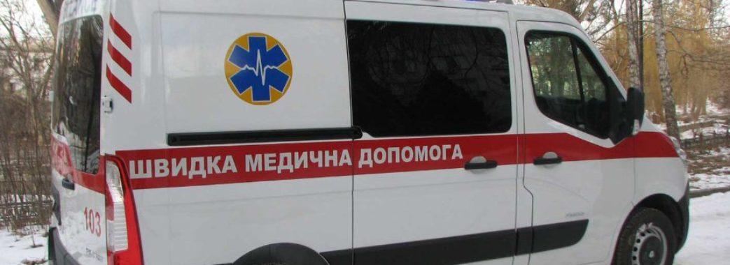 У Львові карета швидкої наїхала на маму з дитиною