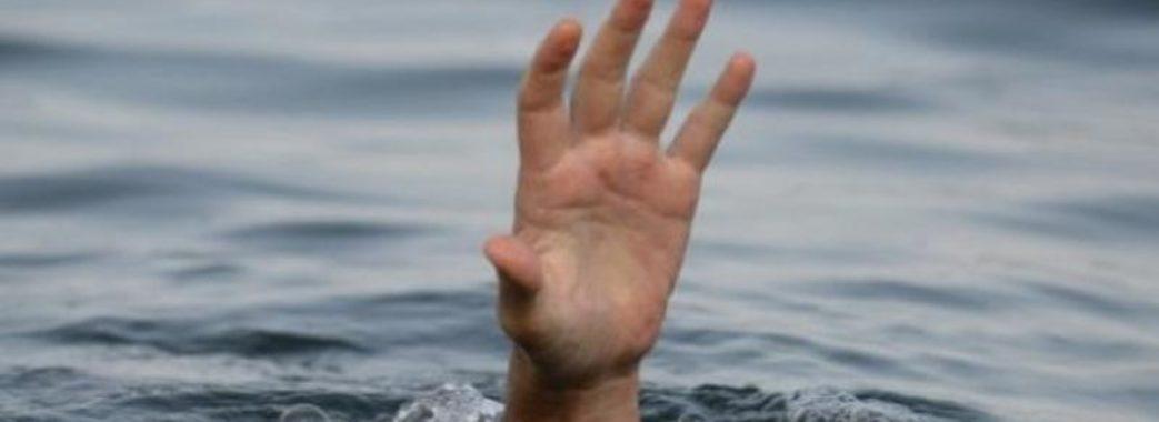 В парковому озері Борислава знайшли труп чоловіка