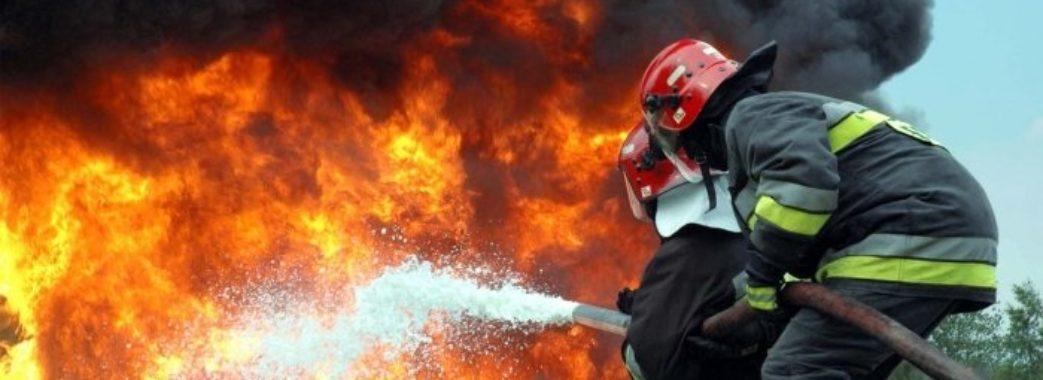 У Пустомитах під час гасіння пожежі довелося возити воду за 2 кілометри