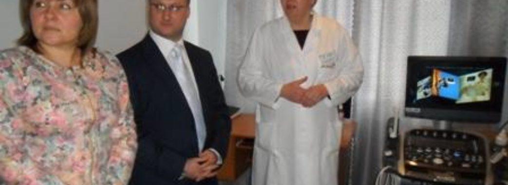 У Кам'янці-Бузькій затримали керівника районної лікарні
