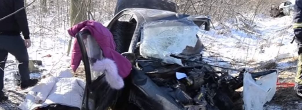 В аварії загинула родина з Бродівщини. Вижила 5-річна дівчинка – потребує допомоги