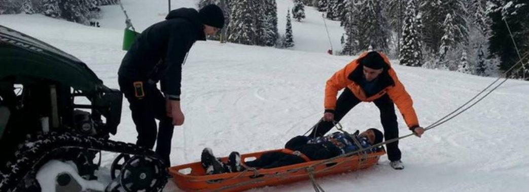 За добу рятувальники Славська допомогли трьом травмованим лижникам