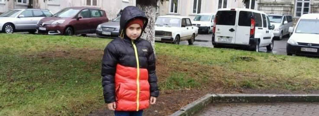 Назарчику з Яворівщини на благодійному концерті зібрали частину коштів на операцію