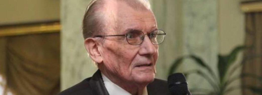 Сьогодні поховають львівського телеведучого Романа Лемеху