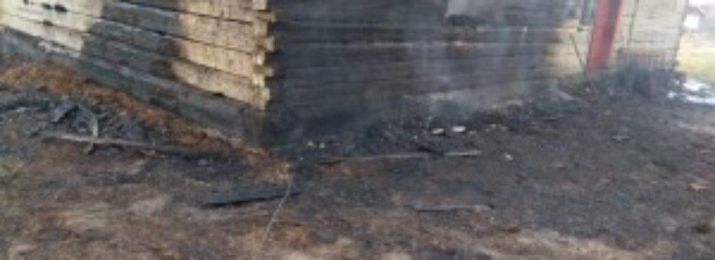 У багатодітної сім'ї з Буського району згоріла хата