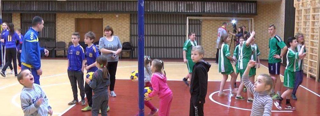 У безкоштовні секції з корфболу записують дітей з 9-ти років