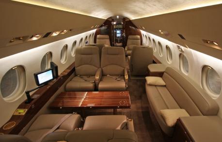 falcon-2000-interior-458x293