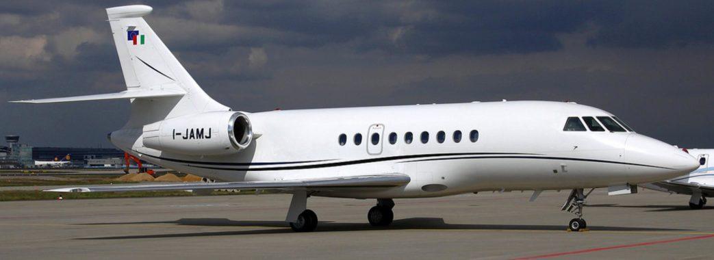Чиновників, які літали у Брно коштом Синютки, звинуватили у корупції