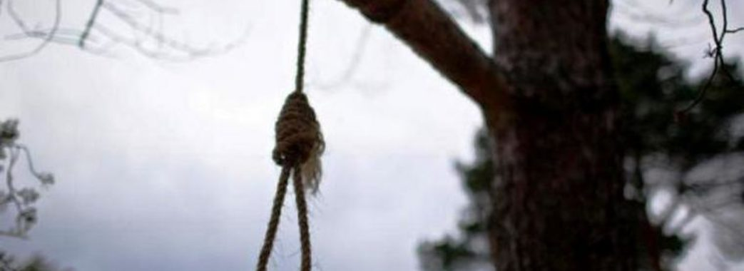 На Яворівщині встановлюють особу повішаного у лісі чоловіка