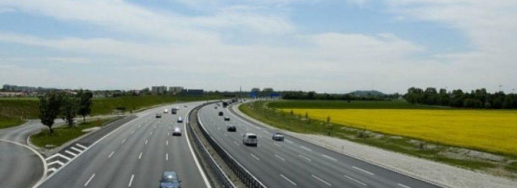 П'ять доріг до кордону з Польщею планують відремонтувати цьогоріч на Львівщині