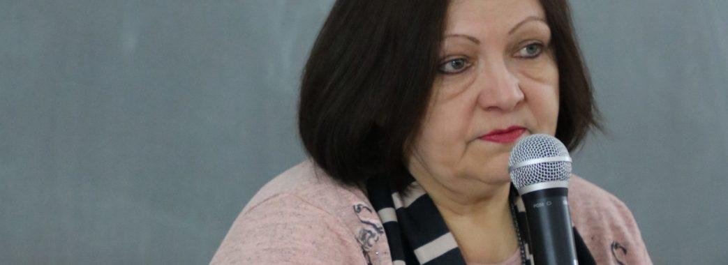 «У полоні мої кати розмовляли російською»: поетеса розказала, чому спілкується виключно рідною мовою