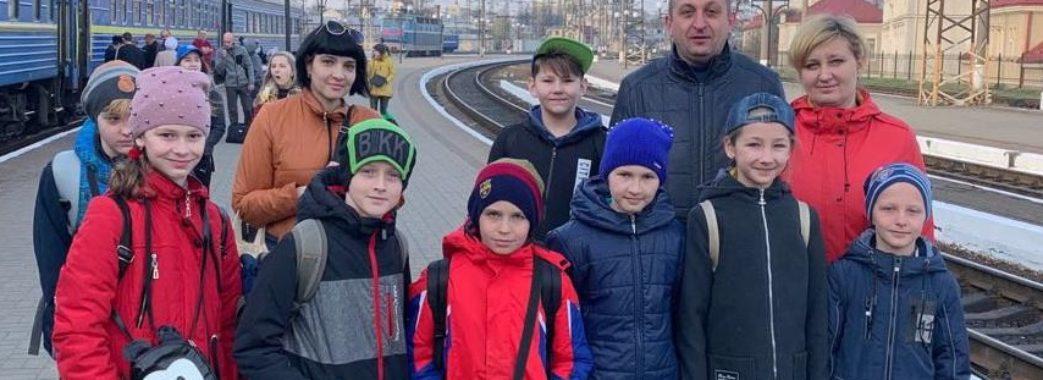 Діти із зони бойових дій приїхали на Львівщину