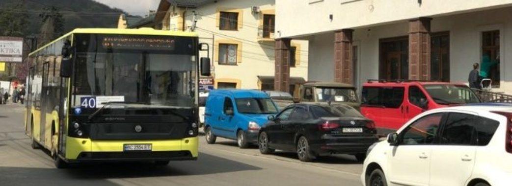 На винниківському маршруті №40 тепер їздять 12-метрові автобуси