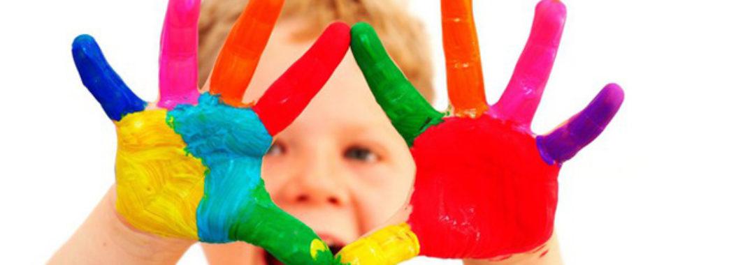 Небайдужих просять допомогти зібрати кошти на харчування для хворих дітей