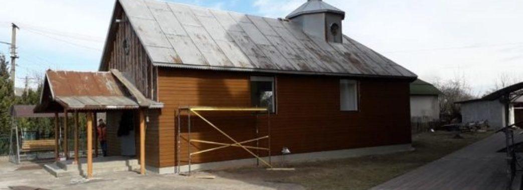 """""""Бували випадки, коли труну випихали через вікна"""": на Сокальщині створили кімнату смутку"""
