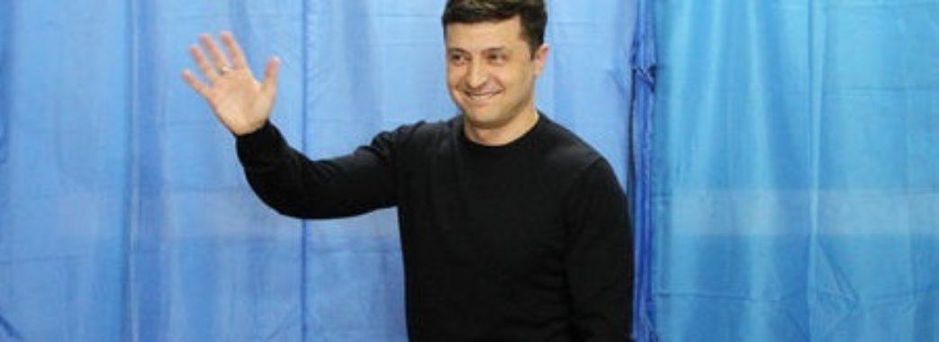«Люди підтримали тренд протесту проти старої влади»: політолог Анатолій Романюк