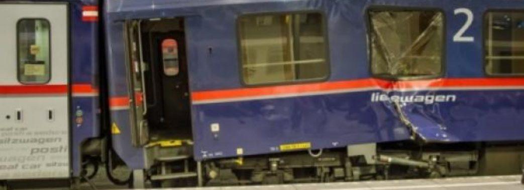 Уболівальники «Карпат» розгромили вагони в поїзді «Львів—Запоріжжя»
