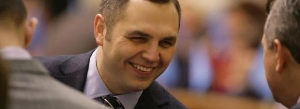 Член команди Януковича Андрій Портнов хоче через суди арештувати активи Петра Порошенка