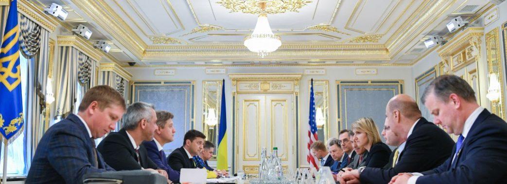 Перші міжнародні заяви Зеленського та його команди: США, РФ, Угорщина