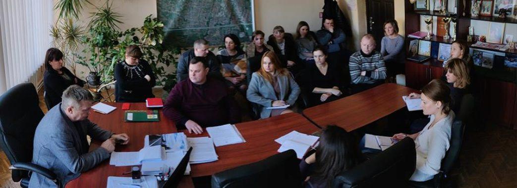 Працівники Солонківської сільської ради заробляють більше за Синютку