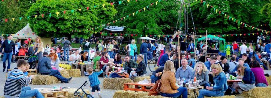 Мідії та одеський форшмак: на фестивалі вуличної їжі львів'яни зможуть спробувати морепродукти
