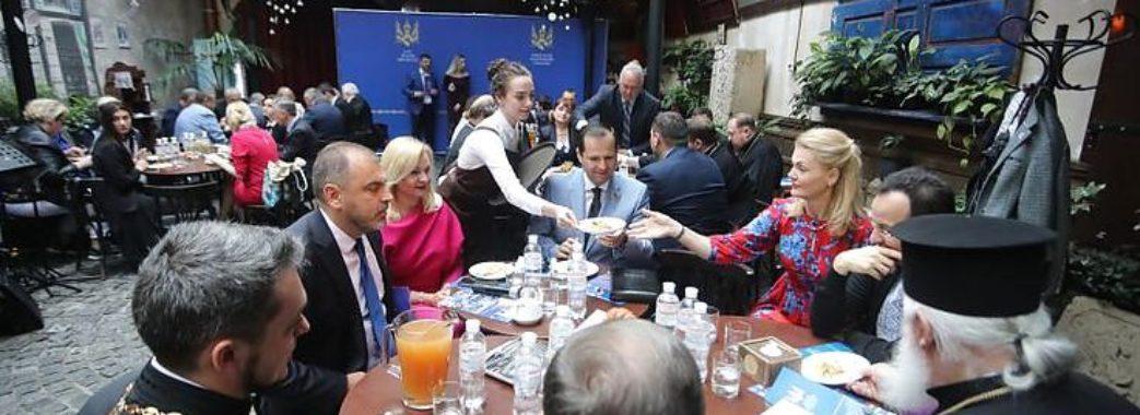 У Львові відбувся перший молитовний сніданок