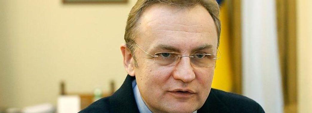 Депутати вимагають покарати Андрія Садового за порушення правил дорожнього руху