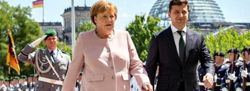 Меркель пояснила чому тремтіла на зустрічі з Зеленським