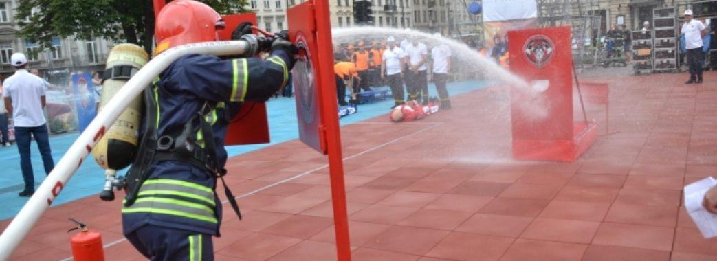 У Львові обирають найсильнішого рятувальника