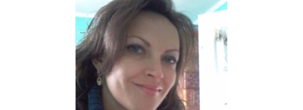 Жінка з Самбірщини обдурює вишивальниць