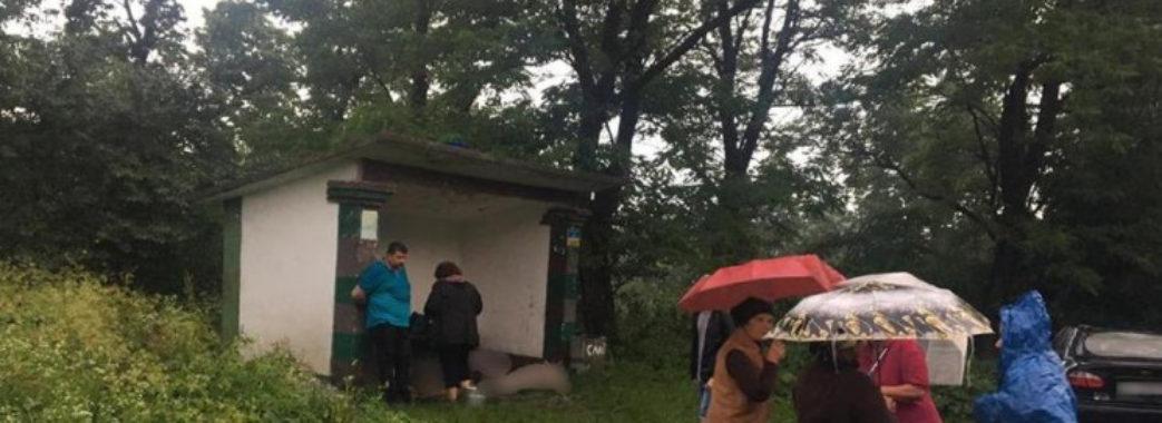«За секунду на них футболки погоріли»: трьох львів'ян на Івано-Франківщині вбила блискавка