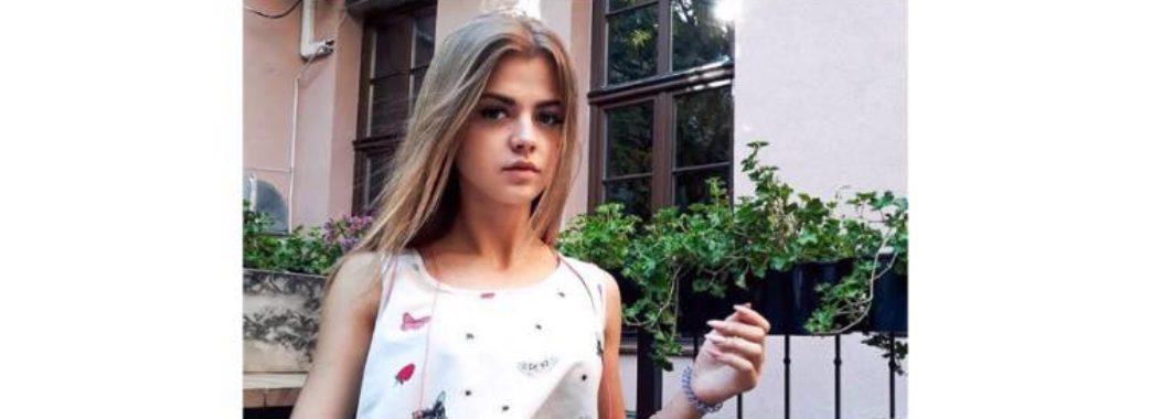У 19-річної дівчини численні переломи кісток обличчя: вчора біля Стрия вона потрапила у ДТП (ФОТО 18+)