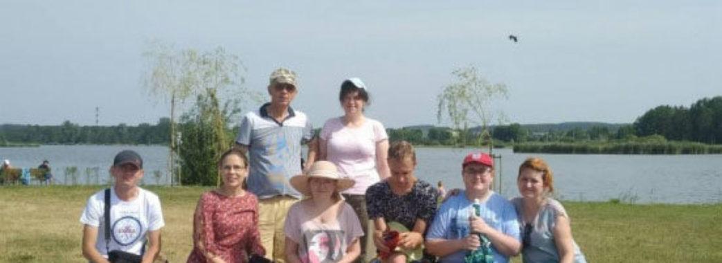 Молодь з інвалідністю з Сокальщини позмагалася у риболовлі в Польщі