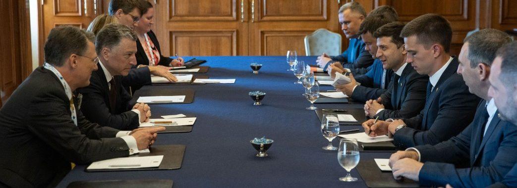 «Україна повністю підтримує політико-дипломатичний шлях»: Зеленський на зустрічі з Волкером