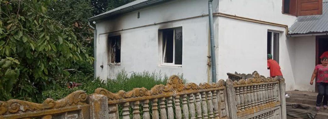 «Сьогодні діти не мали в чому до церкви піти»: погорільцям з Жовківщини потрібна допомога