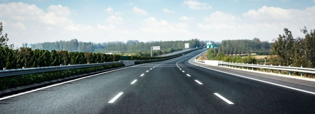 «Трильйон гривень»: міністр Омелян про вартість ремонту усіх українських доріг