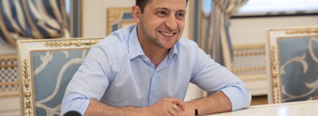 Соціологи: першими кроками Зеленського задоволені 63% українців