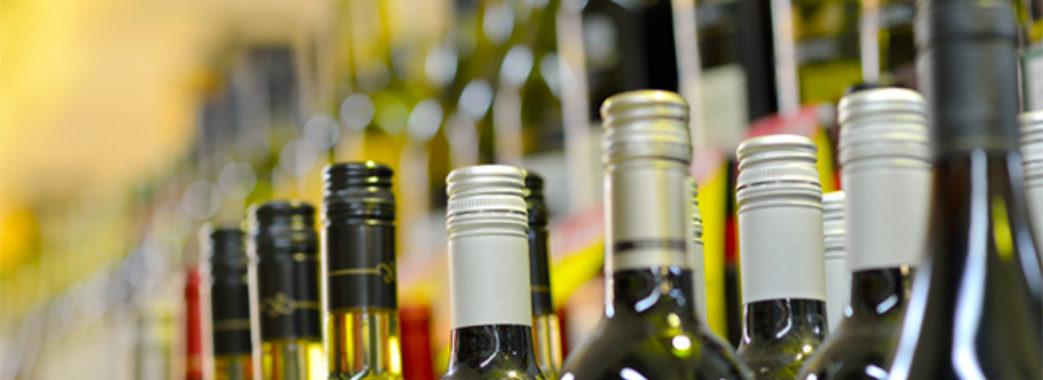 «Обсяг нелегального алкоголю перевищує 50% ринку»: директор «Укргорілки»